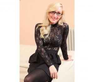 Mailynn pantyhose escorts Stockport, UK