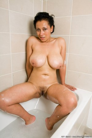 Amelyne futanari escorts Oatfield OR